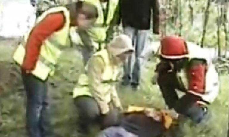 Соревнования по первой помощи в Санкт-Петербурге (2008) — этап Падение с дерева