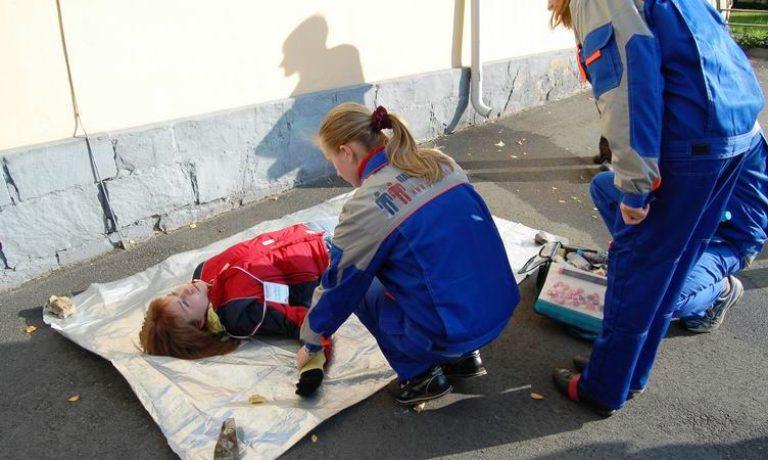 Соревнования по первой помощи в Карелии (2008) — этап Падение со столба