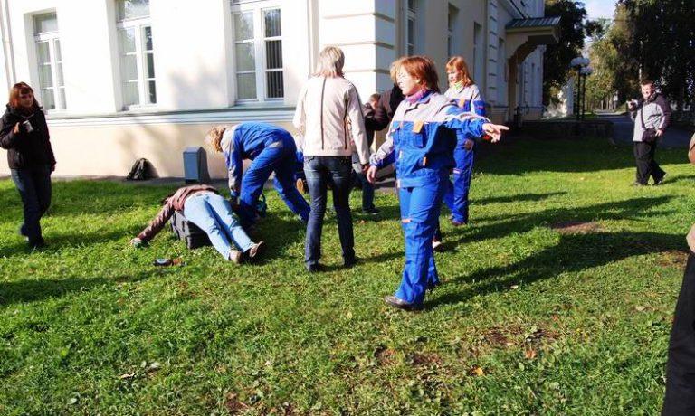 Соревнования по первой помощи в Карелии (2008) — этап Драка