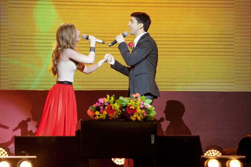 Выступление Юлии Савичевой и Армана Габриеляна на финальном концерте конкурса МУЗАРТЕРИЯ