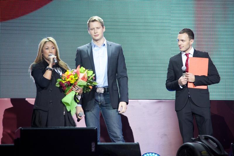Выступление Аниты Цой и Ивана Федоренко на финальном концерте конкурса МУЗАРТЕРИЯ