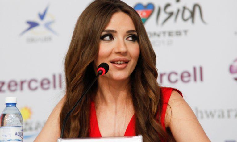 Азербайджан: первая пресс-конференция