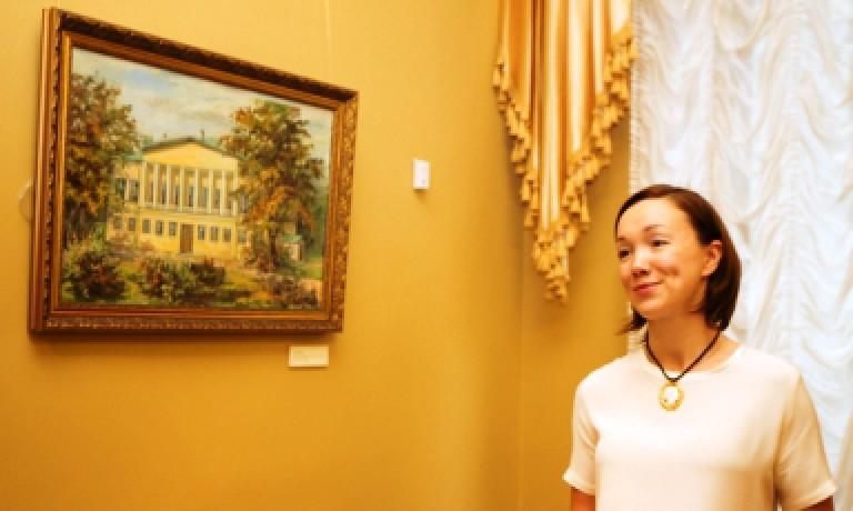 Дарья Мороз открыла серию звездных экскурсий по российским музеям