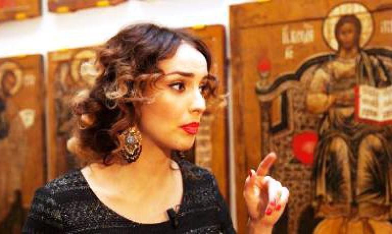 Актриса Юлия Зимина провела экскурсию в Радищевском музее (г. Саратов)