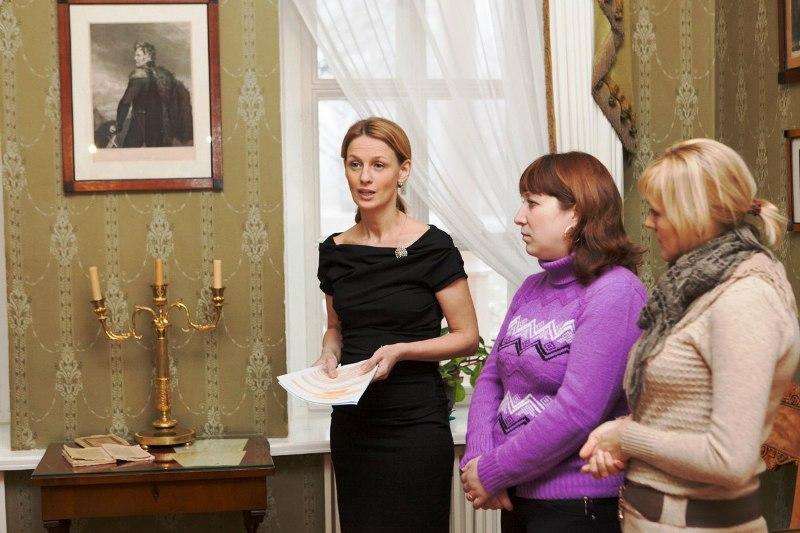 Звездную экскурсию в Тарханах провела Юлиана Ромашина